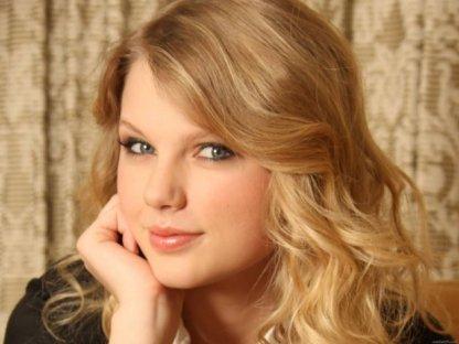 Taylor_Swift_10_jpg_630x1200_q85